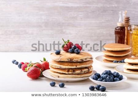 Pannenkoek vruchten vruchten ontbijt maaltijd bakkerij Stockfoto © M-studio