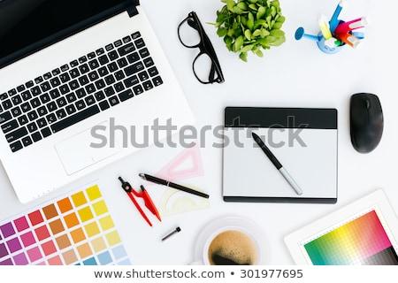Gráfico estilista trabalhando laptop criador escritório Foto stock © wavebreak_media