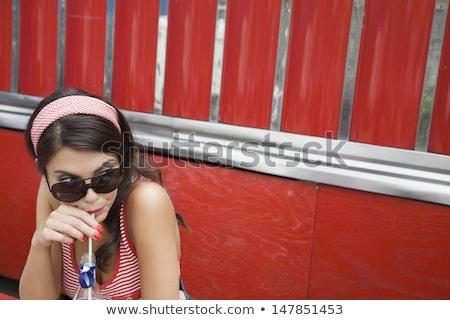 женщину · Hat · Солнцезащитные · очки · пляж · морем - Сток-фото © lightfieldstudios