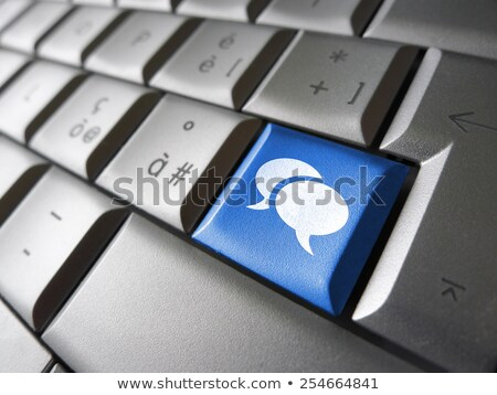 Forum clavier d'ordinateur portable main jeune homme rouge Photo stock © tashatuvango
