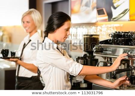 Foto stock: Ulher · fazendo · café · em · restaurante · sorrindo