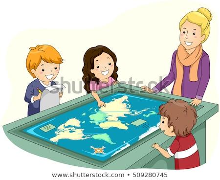 çocuklar öğretmen interaktif yüzey tablo harita Stok fotoğraf © lenm