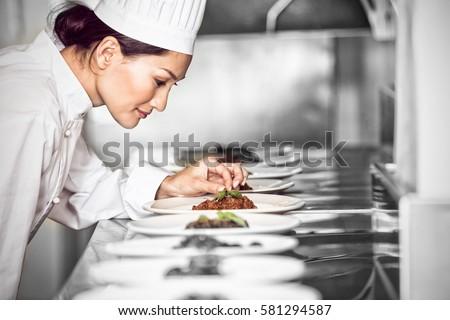 Gotowany żywności rząd blacie kuchennym Licznik Zdjęcia stock © wavebreak_media