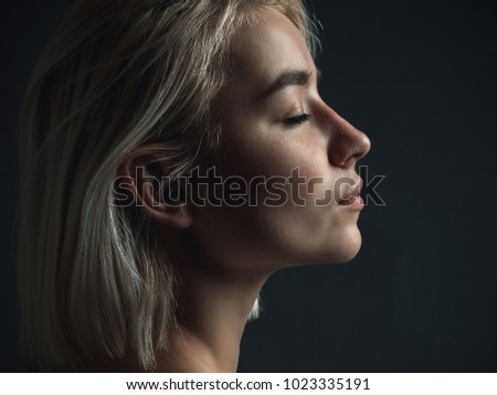 elegante · blond · vrouw · toevallig · bruin · kleding - stockfoto © acidgrey