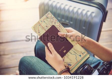 посадка · паспорта · путешествия · авиакомпания · билеты - Сток-фото © loopall