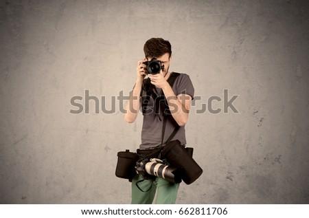 Mão foto tiroteio vazio cinza parede Foto stock © ra2studio