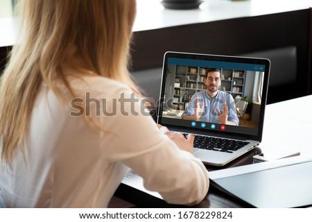 zakenvrouw · sollicitatiegesprek · jonge · vergadering · kantoor · business - stockfoto © AndreyPopov