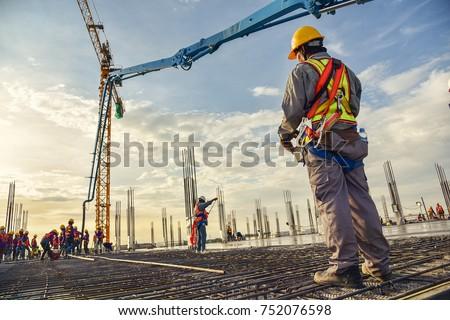 ワーカー · 建設作業員 · 建物 · 建設 · 壁 · 作業 - ストックフォト © frameangel
