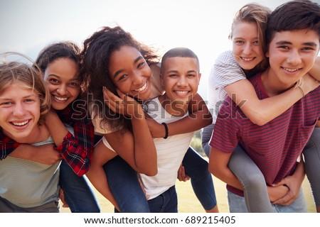 Nastolatek młodych piękna kobieta portret dziewczyna Zdjęcia stock © zittto