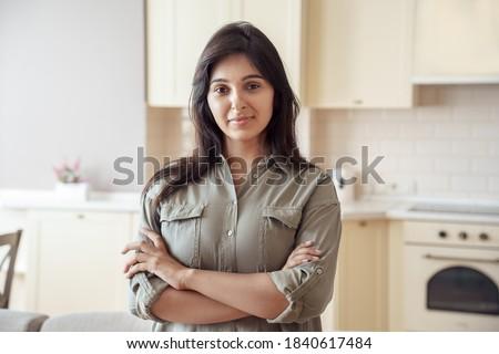 pembe · kadın · kova · hazır · temizlemek - stok fotoğraf © chesterf