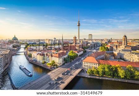 Берлине · вектора · skyline · бизнеса · город · строительство - Сток-фото © istanbul2009
