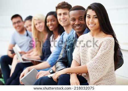 портрет счастливым студентов сидят цифровой Сток-фото © wavebreak_media
