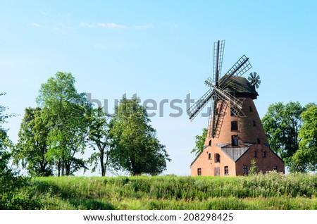 фото Windmill Blue Sky функционирующий небе Сток-фото © jaycriss