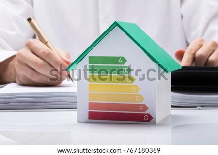 Ev enerji verimliliği denetim para fatura kadın Stok fotoğraf © AndreyPopov