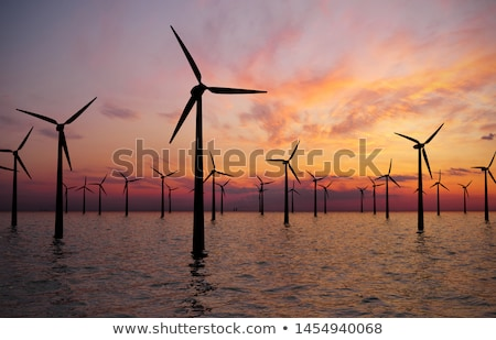 Offshore windturbine hernieuwbare duurzaam elektrische macht Stockfoto © foto-fine-art