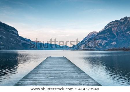 тихий озеро горизонтальный копия пространства берега док Сток-фото © bigjohn36