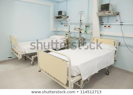 Boş yatak odası hastane bakıyor steril tıbbi Stok fotoğraf © wavebreak_media