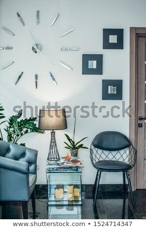 Poucos preto cadeiras parede negócio reunião Foto stock © Ciklamen