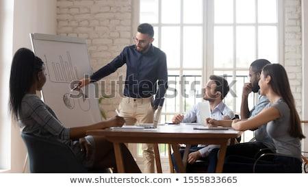 Stock fotó: Arab · üzletember · mutat · pénzügyi · diagram · üzletasszony