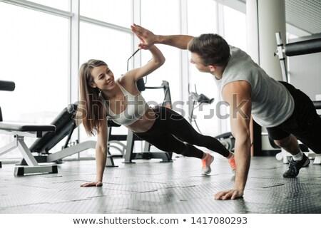 montare · uomo · amici · fitness · studio · ritratto - foto d'archivio © wavebreak_media