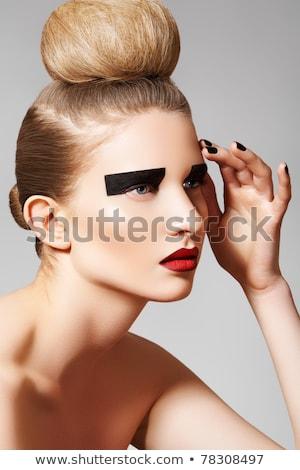 Gyönyörű tisztaság arc fényes piros ajkak smink Stock fotó © serdechny