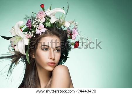 Mujer atractiva flor peinado retrato hermosa morena Foto stock © Aikon