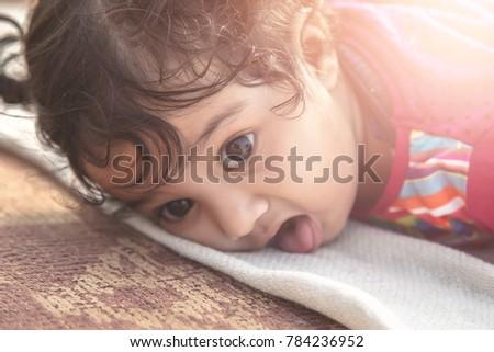 Tatlı Hint bebek zemin çok güzel bakıyor Stok fotoğraf © lichtmeister