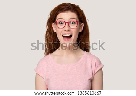 Fantasztikus nő nagyszerű göndör haj hölgy szexi Stock fotó © konradbak