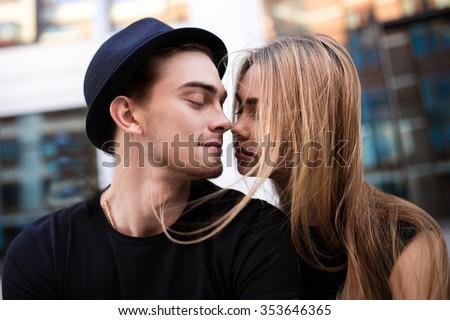 Flörtöl pár portré boldog szeretet fiatal Stock fotó © get4net