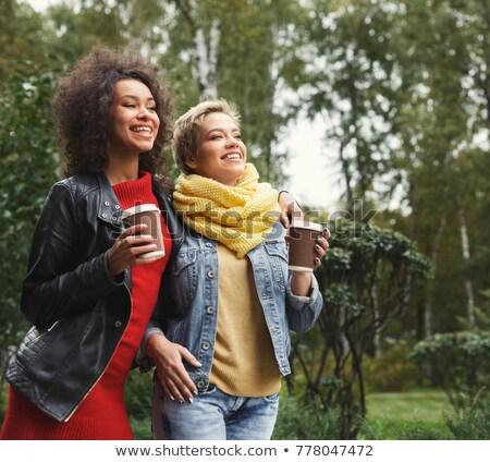女性 · 飲料 · コーヒー · 茶 · 座って - ストックフォト © robuart