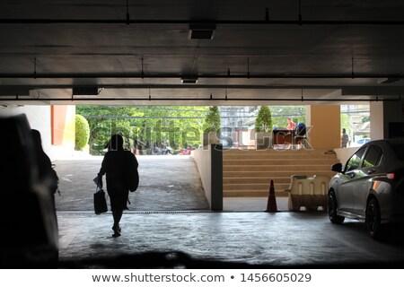 Seminterrato interni costruzione vecchio buio tunnel Foto d'archivio © konradbak