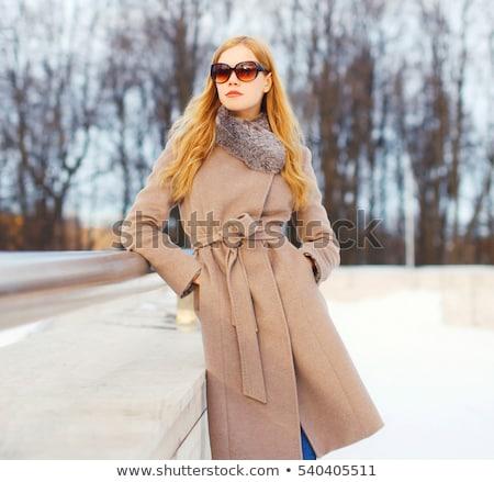 portret · modieus · dame · zonnebril · vrouw - stockfoto © pawelsierakowski