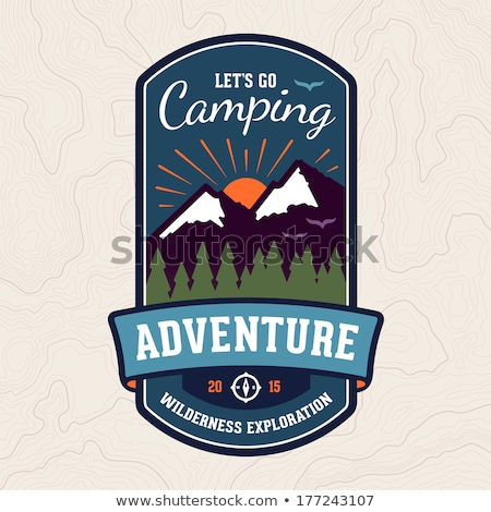 Camping aventure badge emblème design graphique Photo stock © mikemcd