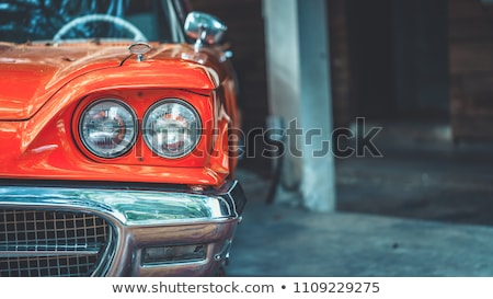 Oude auto lampen oude verweerde auto Stockfoto © smuay