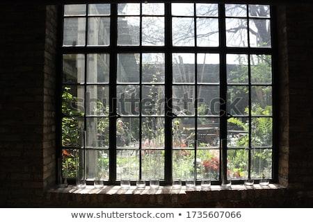 marrom · velho · windows · madeira · parede - foto stock © imaster