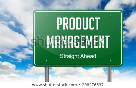 ürün yönetim yeşil karayolu tabelasını gökyüzü Stok fotoğraf © tashatuvango