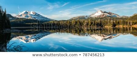 カスケード 山 赤 岩 谷 氷河 ストックフォト © wildnerdpix