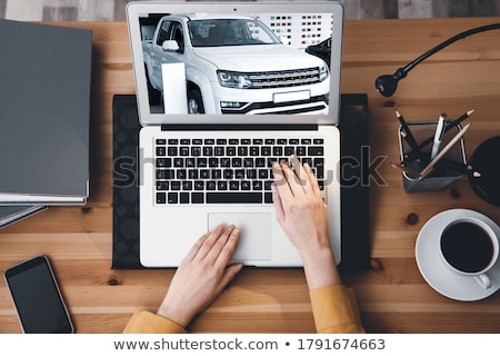 Online car buyer Stock photo © Ronen