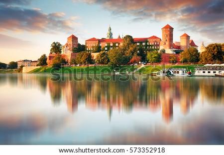 Rio cracóvia Polônia ver castelo céu Foto stock © borisb17