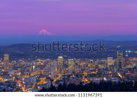 şehir merkezinde Cityscape gün batımı zaman Oregon bahar Stok fotoğraf © AndreyKr