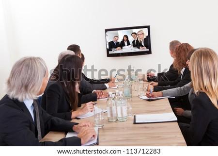 Mujer de negocios presentación LCD tv negocios tecnología Foto stock © dacasdo