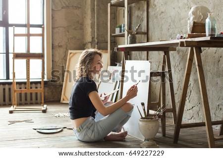 női · festő · sapka · tart · tapéta · tekercsek - stock fotó © photography33