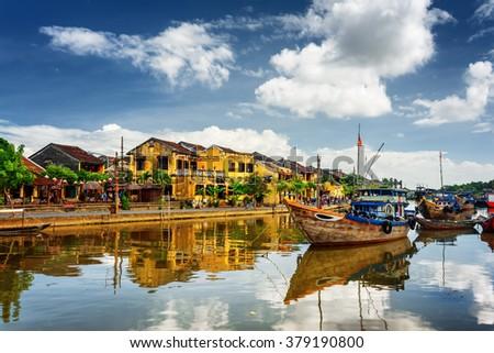 Hagyományos hajók Vietnam nyár nap ház Stock fotó © bloodua