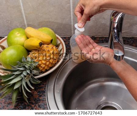 Yıkamak eller sabun el temizlik coronavirüs Stok fotoğraf © Maridav