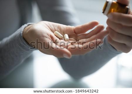 травяной таблетки изолированный белый медицинской природы Сток-фото © natika