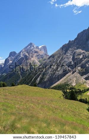 Völgy olasz égbolt fű út természet Stock fotó © Antonio-S