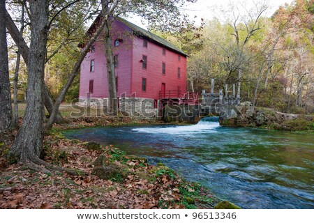 Alley Spring Mill House In Fall Foto stock © clearviewstock