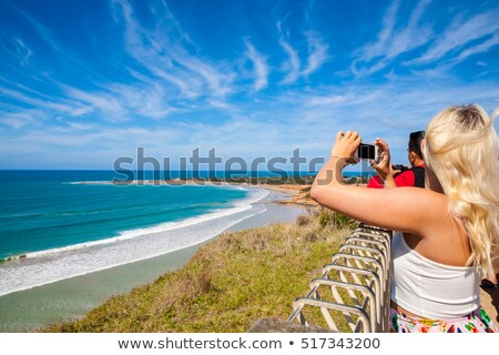 Magnifique océan route famille photo femme Photo stock © jeayesy