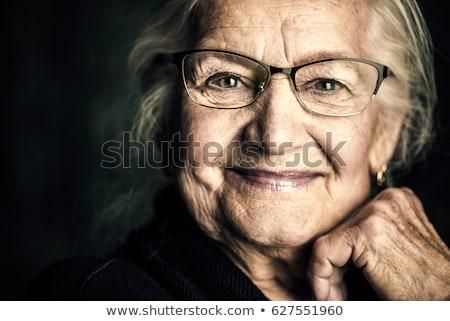 Portré mosolyog gyönyörű kaukázusi öregasszony nagyi Stock fotó © studiostoks