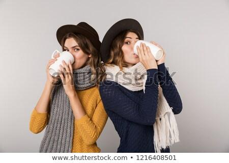 2 · 女の子 · 飲料 · 茶 · 肖像 · ノートパソコン - ストックフォト © deandrobot